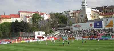 Im Stadion vom FK Viktoria Zizkov