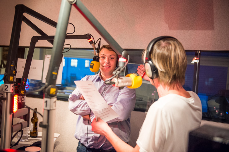 #Bezirkowitsch bei FM4