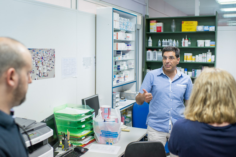 George Vichas in der Klinik