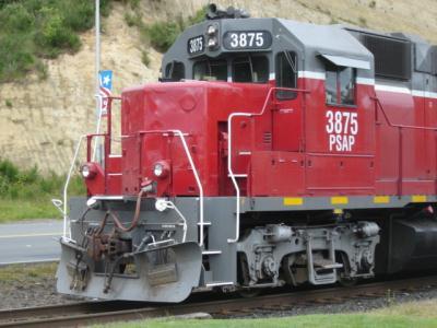 Train engine stopped in Aberdeen, Washington