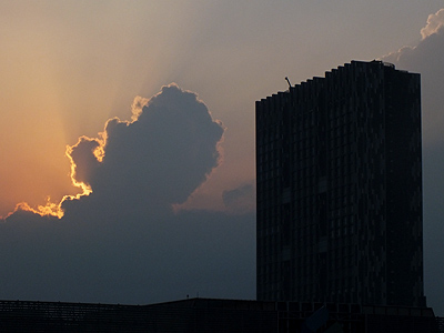 The Met - Sathorn - Bangkok - 20 March 2012 - 6:54