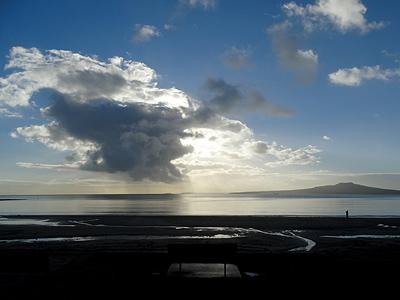 Takapuna Beach - Auckland - New Zealand - 6 August 2014 - 8:24
