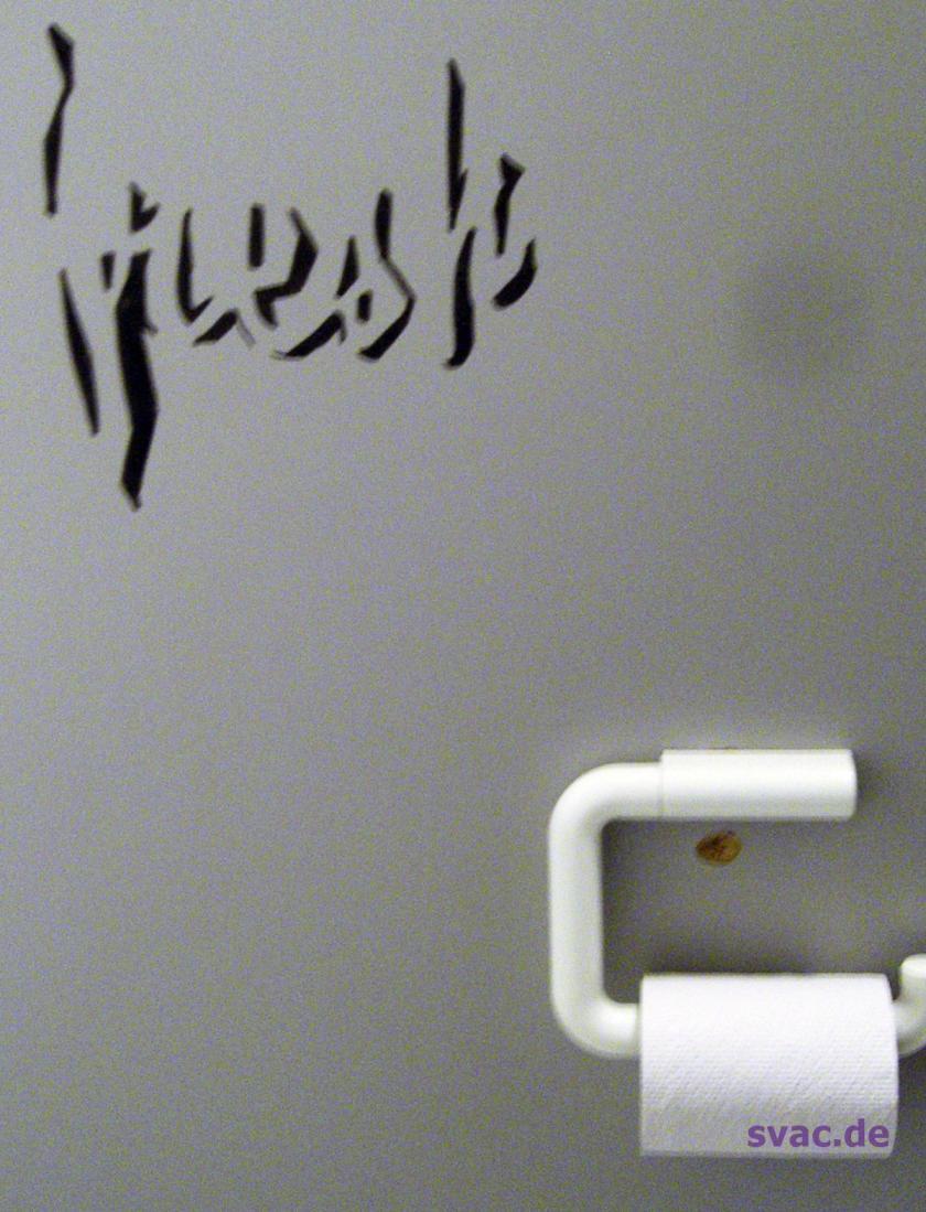 Ein TAG, daher Graffiti und nicht Streetart.  Lustig:  FRESH  auf'm Klo.  Klokunst sozusagen. In Kassel gesehen.