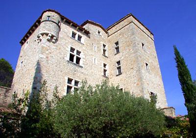 Die Burg in Südfrankreich.