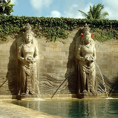 Balinese Pool - InterCpntinental Resort Bali - Jimbaran Bay - Bali - Indonesia - 12 August 2005 - 9:09