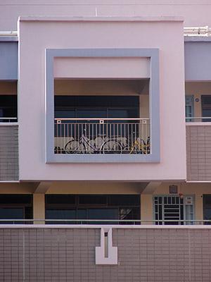 Block 370 - Tampines Street 34 - Singapore - 1 April 2008 - 9:17