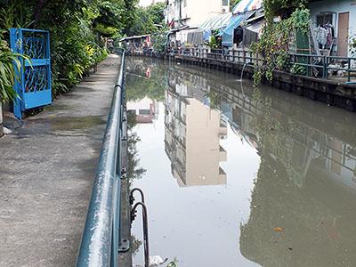 Ton Sai from Saphan Charoen Nakhon III - Khlong San - Bangkok - 15 August 2011 - 7:09