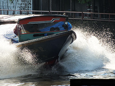 Khlong San Saeb - Watthana - Bangkok - 23 August 2011 - 7:23