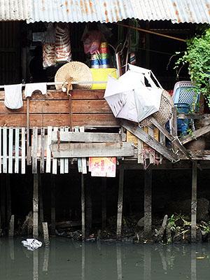 Phadung Krung Kasem - Thanon Mahaphruetharam - Talat Noi - Bangkok - 31 August 2011 - 7:58