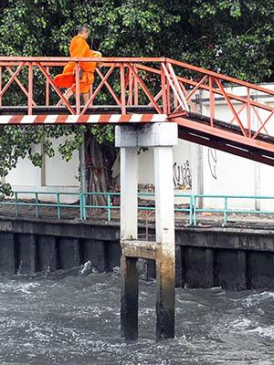 Khlong Bobae Market-Phanfa Bridge - Bangkok - 1 September 2011 - 08:19