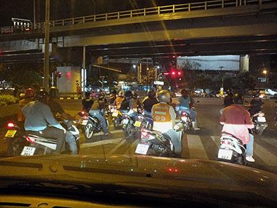 Bangkok - 21 December 2012 - 19:05
