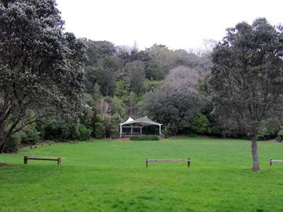 Mount Eden - Auckland - New Zealand - 15 September 2015 - 19:04