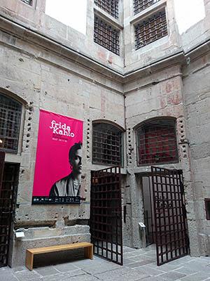 Centro Portugues de Fotografia - Largo Amor de Perdicao - Porto - Portugal - 17 September 2018 - 11:10