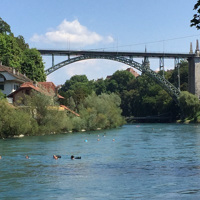 Aare in Bern mit Temperaturrekord. 23.5 °C!