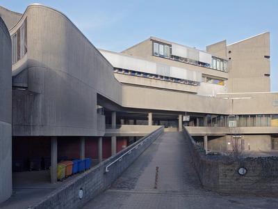 Fehling+Gogel: Institut für Hygiene und Mikrobiologie, FU Berlin, 1966–74