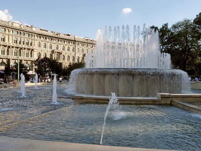 Fontana di piazza Castello, 1936