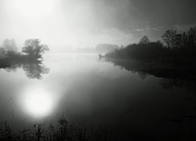 Elbanleger bei Frost, Nebel und Sonnenschein