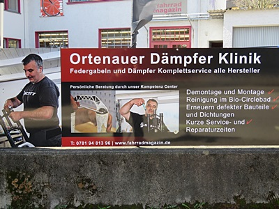 Ortenberger Strasse x Weingartenstrasse - Offenburg - 29 March 2016 - 12:23