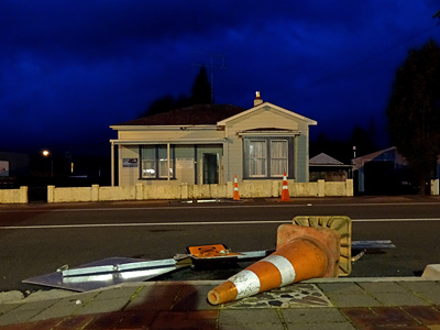 Clyde Street - Ohakune - New Zealand - 24 April 2014 - 18:11
