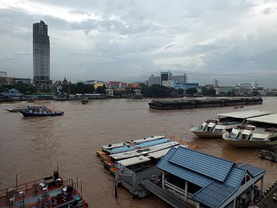 Charoen Nakhon Soi 15 A - Khlong San - Bangkok - 15 August 2011 - 7:55