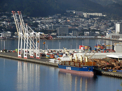 Wellington Harbour - New Zealand - 26 April 2014 - 8:50