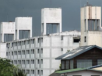 Soi Damrong Phiphat - Khlong Toei - Bangkok - 11 August 2011 - 11:19