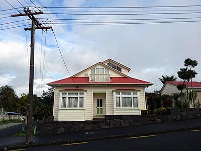 Church Street - Northcote Point - Auckland - New Zealand - 2 September 2016 - 9:11