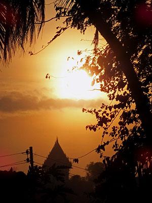 Nong Kae - Hua Hin - Thailand - 24 December 2011 - 17:29