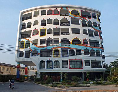 Thanon Khaotao - Hua Hin - Thailand - 27 December 2011 - 7:39
