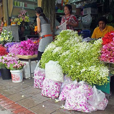 Thanon Ban Mo x Thanon Chakphet - Wang Burapha Phirom - Phra Nakhon - Bangkok - 15 October 2012 - 8:59