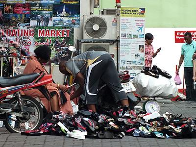 Phetchaburi Soi 19 - Phaya Thai - Ratchathewi - Bangkok - 20 January 2013 - 9:07