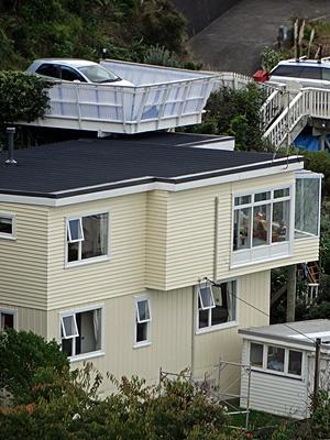 Houghton Bay Road - Wellington - 27 April 2014 - 12:31