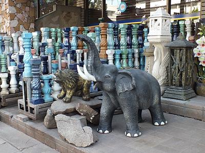 Thanon Phahonyotin - Chatuchak - Bangkok - 13 December 2011 - 7:48