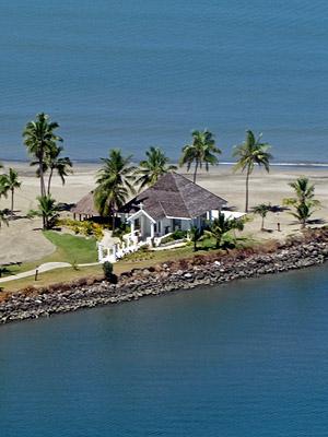 Sheraton Wedding Chappel - Denarau - Nadi - Fiji Islands - 27 February 2011 - 10:40