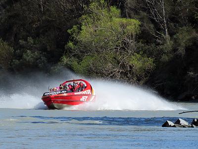 Shotover River - Queenstown - New Zealand - 5 October 2015 - 11:49