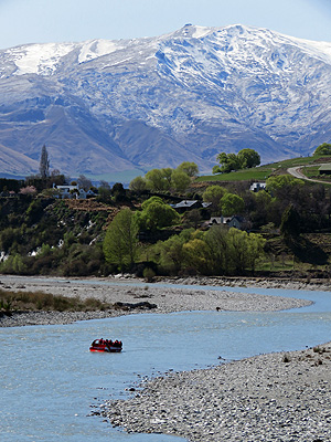 Shotover River - Queenstown - New Zealand - 5 October 2015 - 12:01