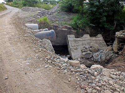 Nausori Highlands Road - Mulomulo - Nadi - Fiji Islands - 27 May 2011 - 14:26