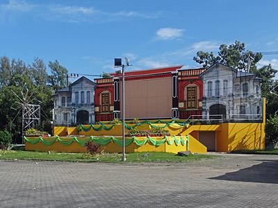 Thanon Bang Yai - Saphan Hin - Phuket - 12 October 2013 - 8:51