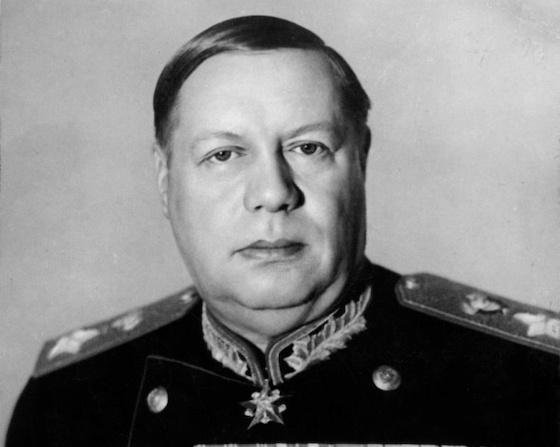 Fjodor Iwanowitsch Tolbuchin, ab 1944 Marschall der Sowjetunion, Kommandeur der 3. Ukrainischen Front, Auftragsgründer der 2. Republik