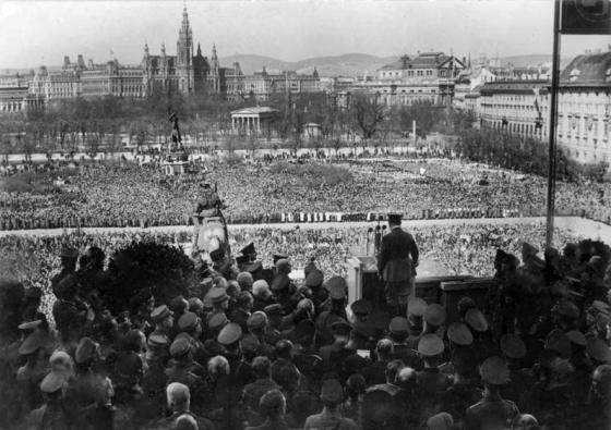 Adolf Hitler, nicht mehr Österreicher, GRÖFAZ