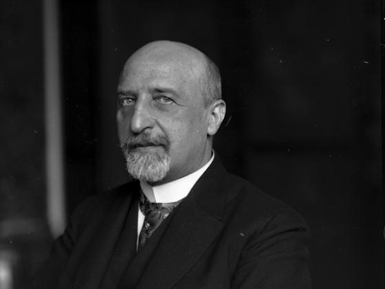 Karl Seitz, Präsident der PNV und KNV, erstes Staatsoberhaupt der Republik Österreich