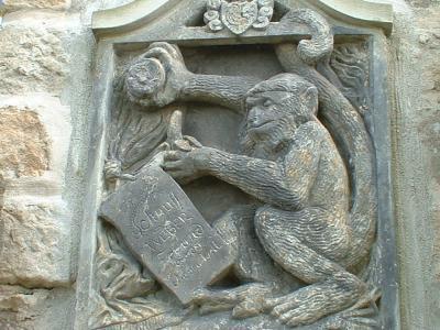 Schnuff-Epitaph an der Hosterwitzer Kirche