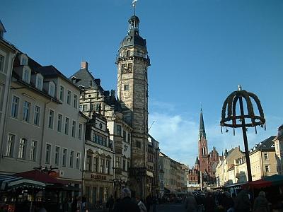 Altenburg, Markt mit Rathaus und Kirche