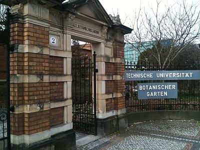 Eingangstor Botanischer Garten der TU Dresden
