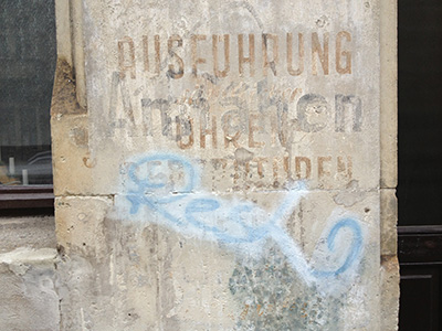 Rudolfstrasse, Inschrift Reparatur von Uhren Annaehen...