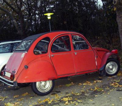 CV2 rot, nicht grün, gelb oder sonstwie. Gruß,  lustig.antville.org